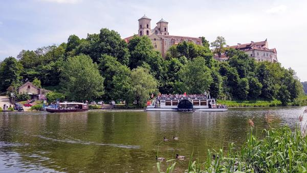 Vistula River cruise is a must while visiting Krakow